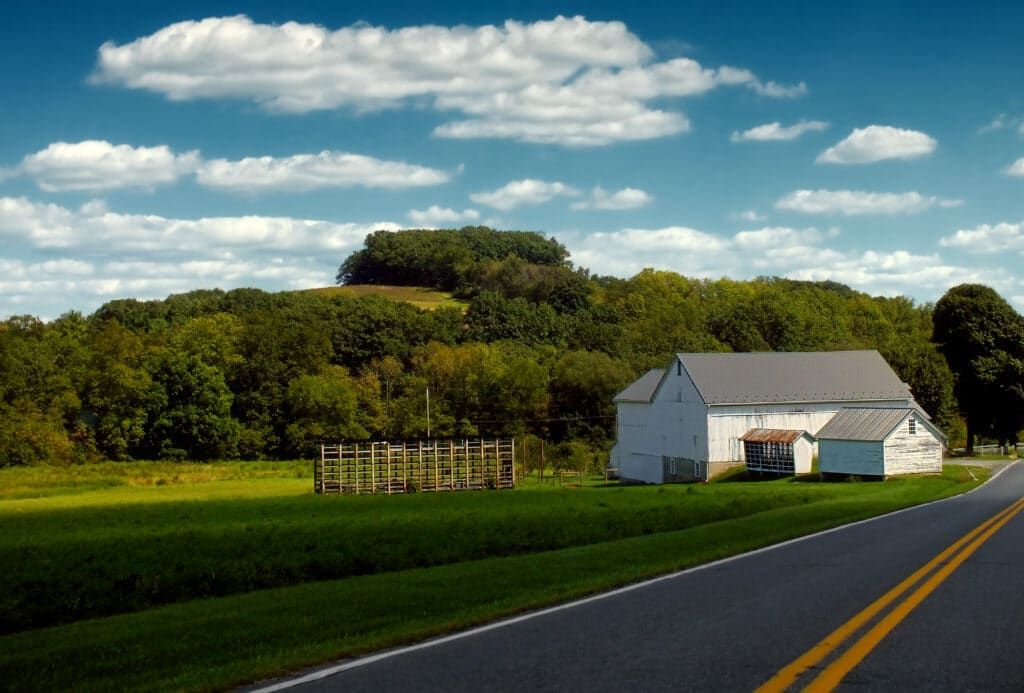 landscape-grass-cloud-sky-road-farm-503092-pxhere.com