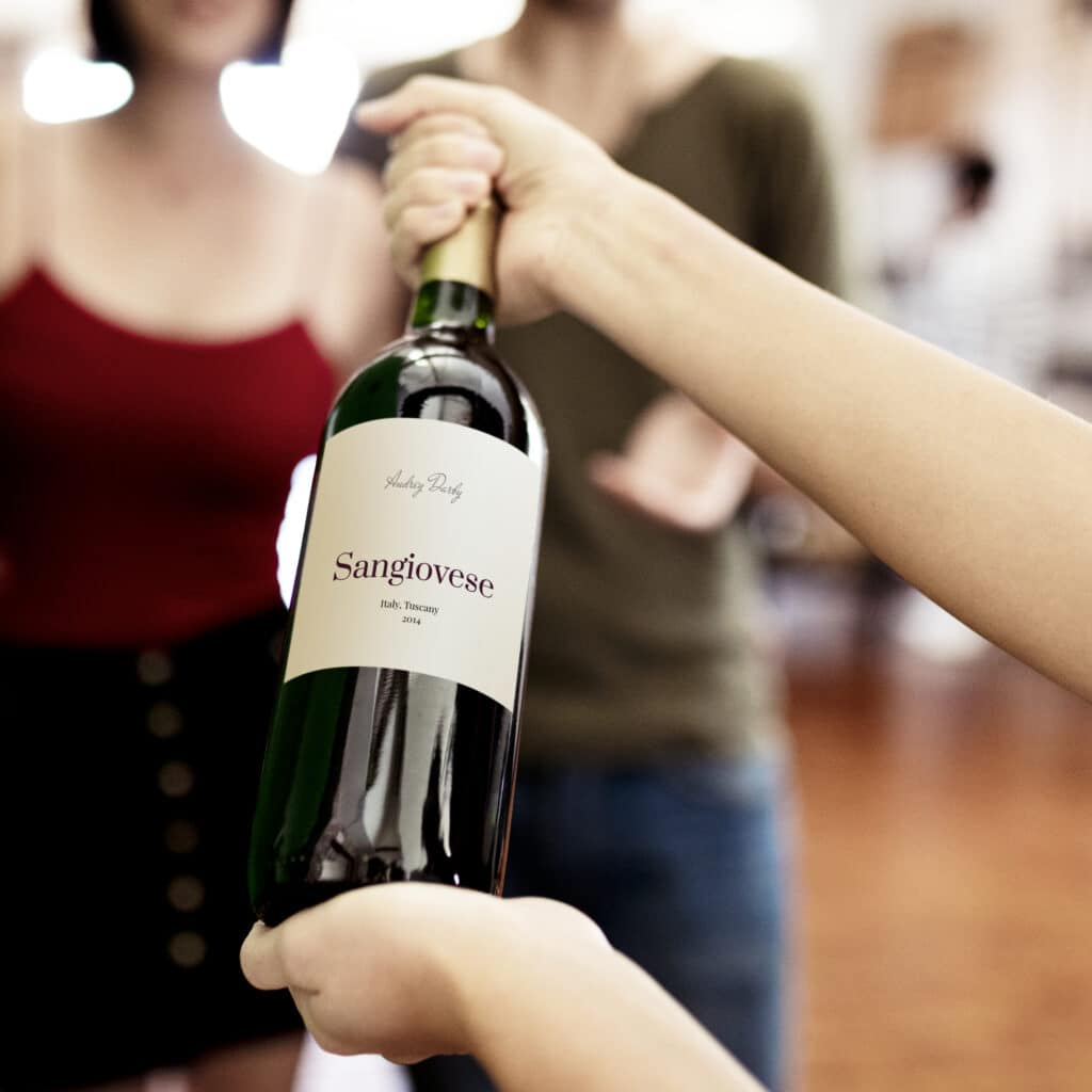 Red wine bottle label mockup
